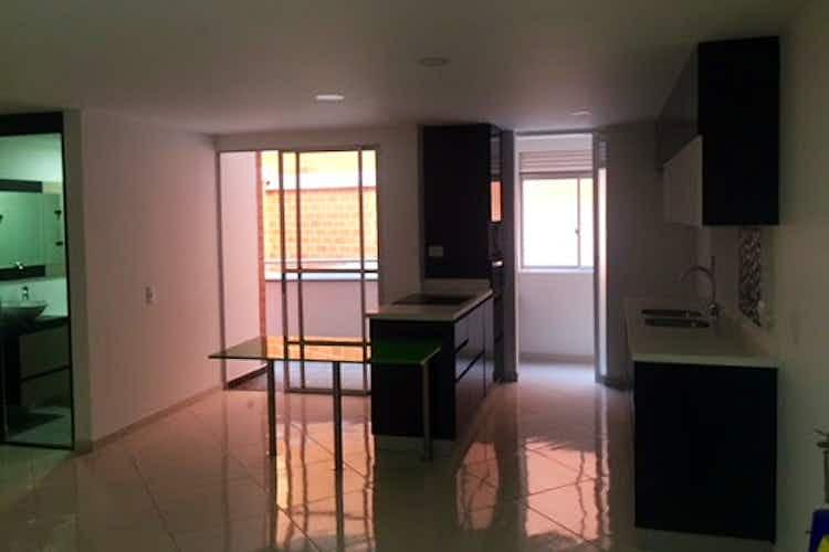 Portada Apartamento en venta en La America, 76mt con balcon