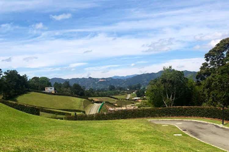 Portada Lote en venta en Vía La Ceja - Rionegro, 2650mt
