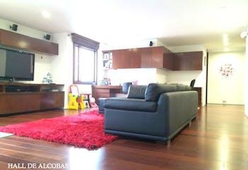 Apartamento en venta en El Nogal de 4 hab.