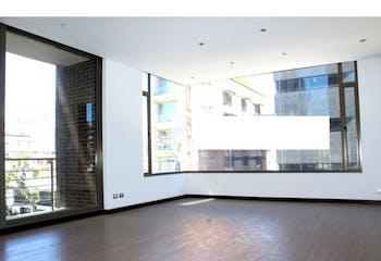 Apartamento en venta en Chicó Reservado con Balcón...