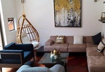 Casa en venta en Lomas de Memetla de 315mts, dos niveles