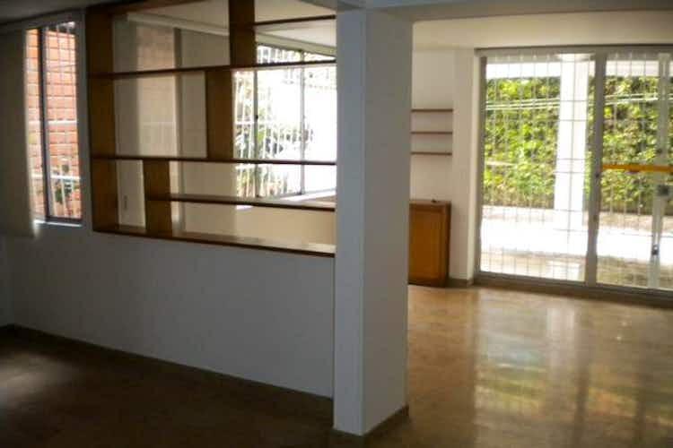 Portada Casa en venta en Los Balsos, 261mt de tres niveles