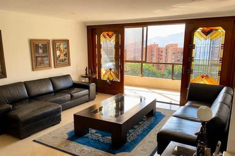 Portada Apartamento en venta en Los Balsos, 280mt con balcon