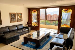 Altos De San Michel, Apartamento en venta en El Poblado de 5 alcobas