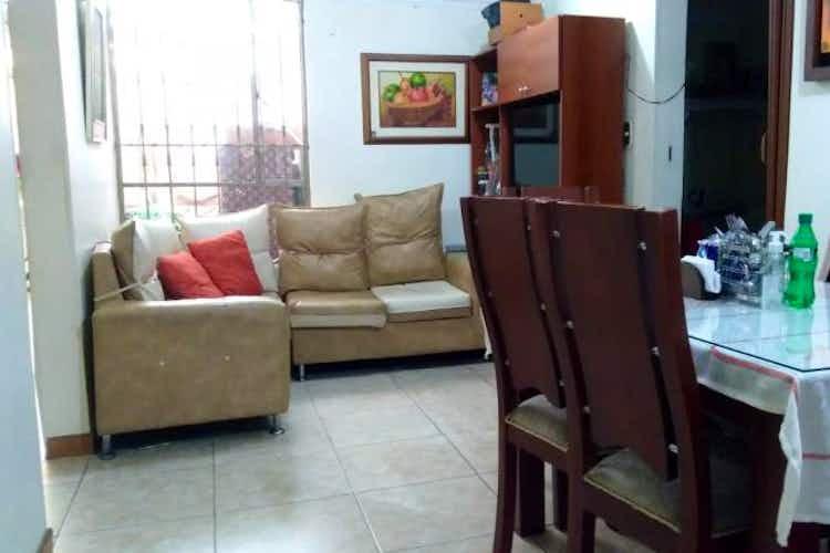 Portada Apartamento en venta en Almendros, 50mt