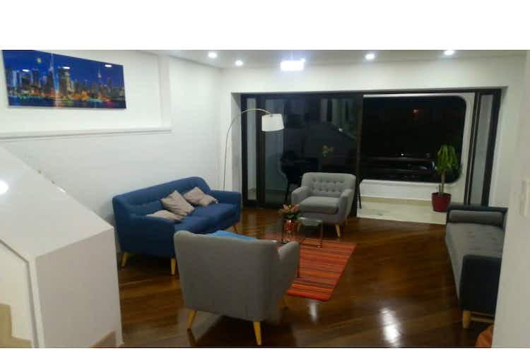 Portada Apartamento en venta en Castropol de 3 pisos