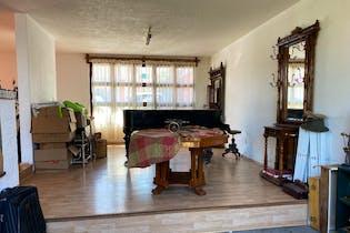 Casa en venta en Lomas De Tecamachalco, 450mt de tres niveles