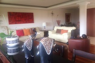 Casa en venta en Lomas De Tecamachalco, 445mt de tres niveles