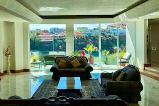 Casa en en venta en La Herradura, 632mt de tres niveles