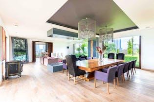 Casa en venta en Bosque Real Country Club de 1496mts, tres niveles