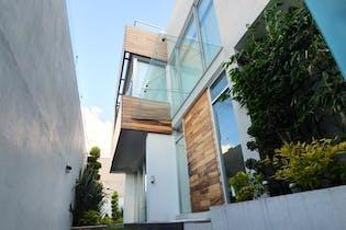 Casa en venta en Lomas Anahuac con acceso a Jardín