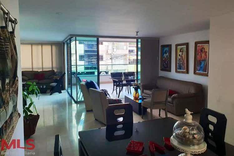 Portada Apartamento en venta en Bolivariana de  4 habitaciones