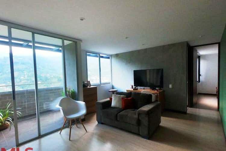 Portada Apartamento en venta en Loma del Escobero de  2 habitaciones