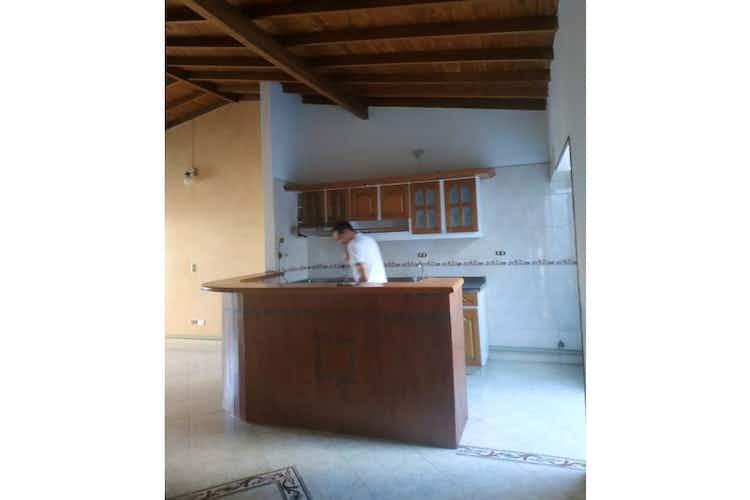 Portada Casa en venta en La Floresta, 68mt con balcon