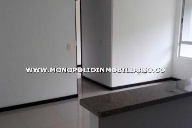 Portada Apartamento en venta en El Trianón, 69mt con balcon