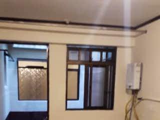 Una habitación que tiene una ventana en ella en Casa en venta en Fátima de  3 habitaciones