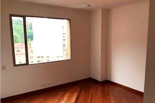 Apartamento en venta en El Poblado de 3 hab. con Piscina...