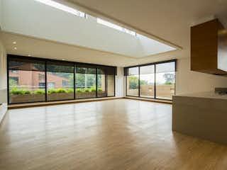 Una vista de una cocina y un comedor en Apartamento en venta en Julio Flórez de  3 habitaciones