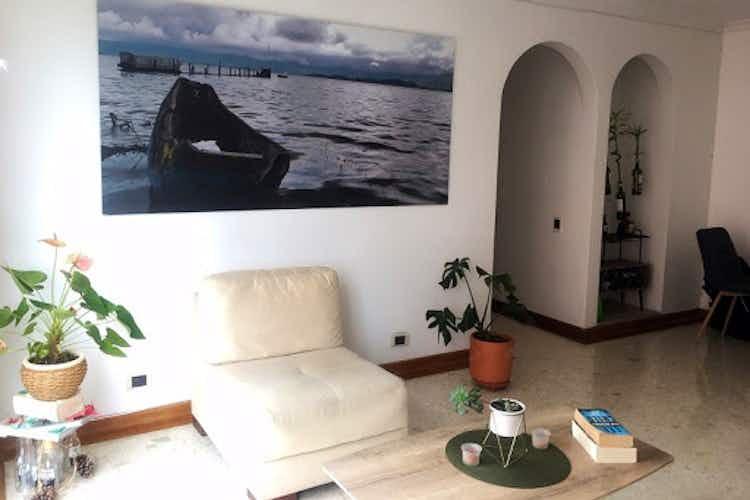 Portada Apartamento en venta en La Aguacatala de  2 habitaciones