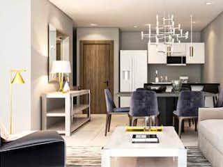 Una sala de estar llena de muebles y una chimenea en Quo Marina