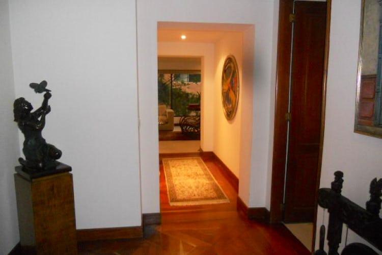 Foto 9 de Apartamento En Bogotá- Rosales, con chimenea y vista al bosque