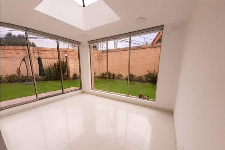 Portada Casa en venta en Villa del Prado de  4 habitaciones