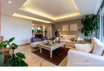 Apartamento en venta en El Poblado 400m² con Jardín...