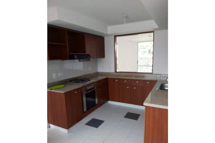 Portada Casa en venta en Casco Urbano Madrid de  3 habitaciones