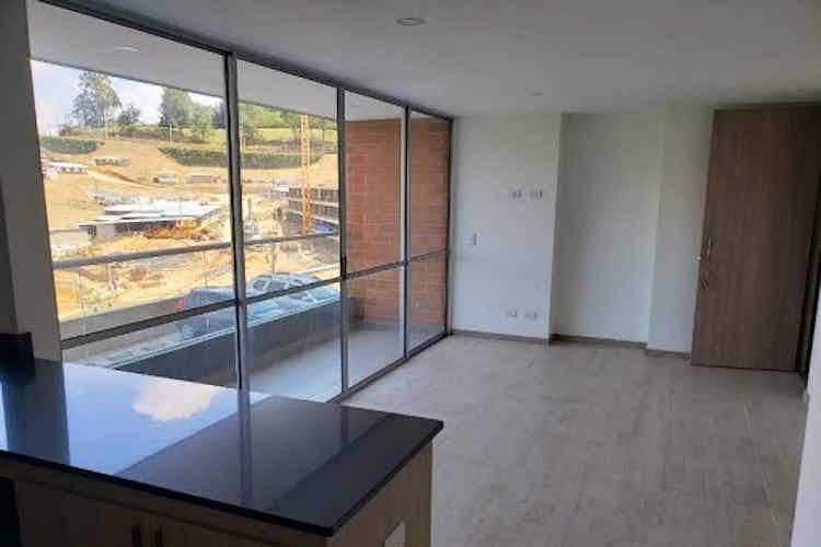 Portada Apartamento en venta en El Rosal de  3 habitaciones