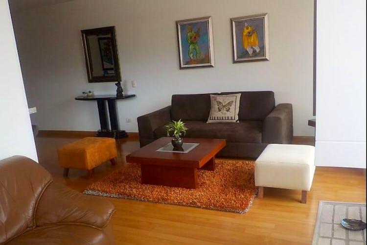 Foto 1 de Apartamento en Bogota Santa Barbara Central - con dos alcobas c/u con baño