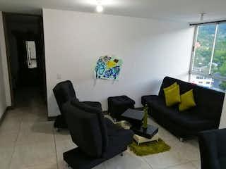 Una sala de estar llena de muebles y una ventana en Apartamento en venta en El Chinguí de  2 habitaciones