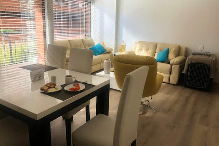 Portada Apartamento en venta en Batán de  3 habitaciones