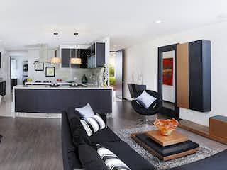 Una sala de estar llena de muebles y una televisión de pantalla plana en Provenza Imperial