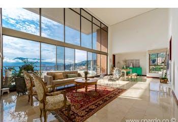 Apartamento en venta en La Concha de 4 hab. con Piscina...