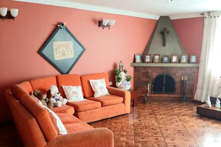 Portada Casa en venta en Normandía, 192mt de dos niveles
