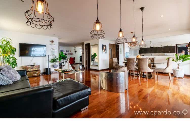 Portada Apartamento en venta en El Tesoro, 220mt con balcon