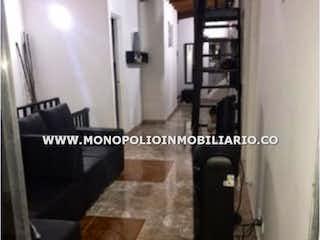 Una foto en blanco y negro de una maleta en Casa en venta en San Javier, 110mt con balcon