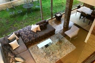 Casa en venta en Tarango, 418mt de tres niveles