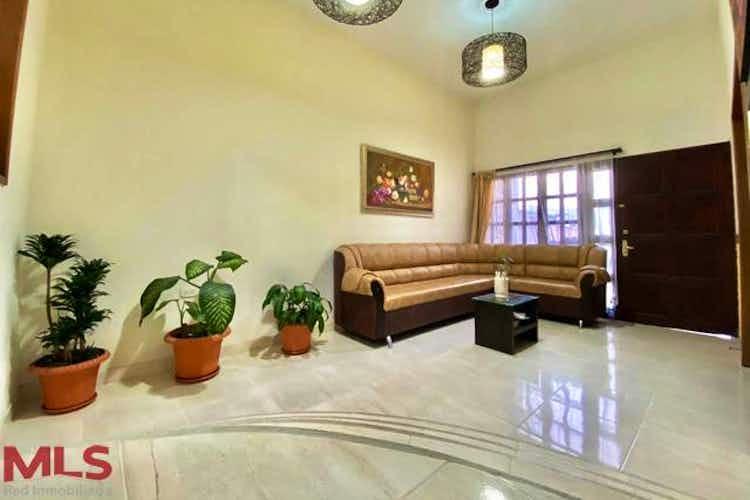Portada Casa en venta en Casco Urbano Guarne de  3 habitaciones