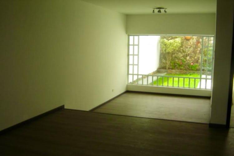 Portada Casa  En Bogota Santa Barbara Central cuenta con 4 niveles