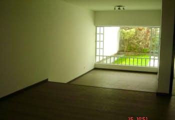 Casa En Bogota Santa Barbara Central cuenta con 4 niveles