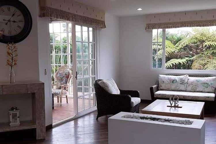 Portada Casa en venta en Alto de Las Palmas Indiana de  4 habitaciones