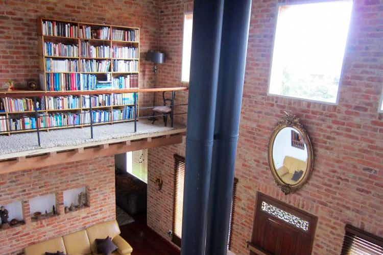 Portada Casa En Bojaca, en Chia, 4 Habitaciones- 407m2.