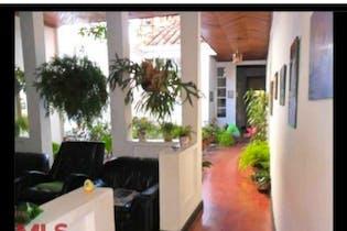 Casa en venta en La América 308m²
