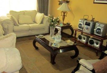 Casa en venta en Niza Norte de 3 hab. con Jardín...