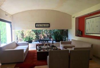 Casa en venta en Lomas Axomiatla, 515mt de tres niveles