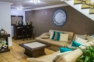Casa en venta en Renacimiento De Aragon, 220mt de dos niveles
