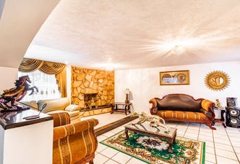 Casa en venta en San Buenaventura, 560mt de tres niveles