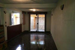 Casa en venta en Jardines De Cerro Gordo, 250mt de dos niveles