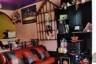 Casa en venta en Fracc San Nicolás La Redonda, 84mt de dos niveles